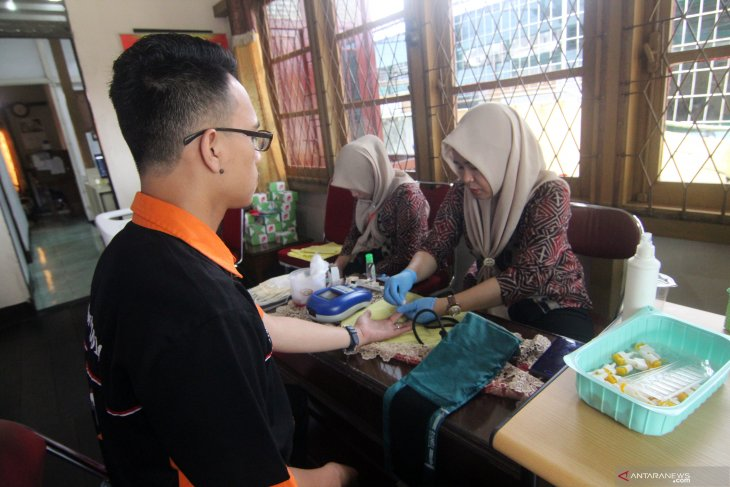 Donor Darah di LKBN Antara Biro Kalba