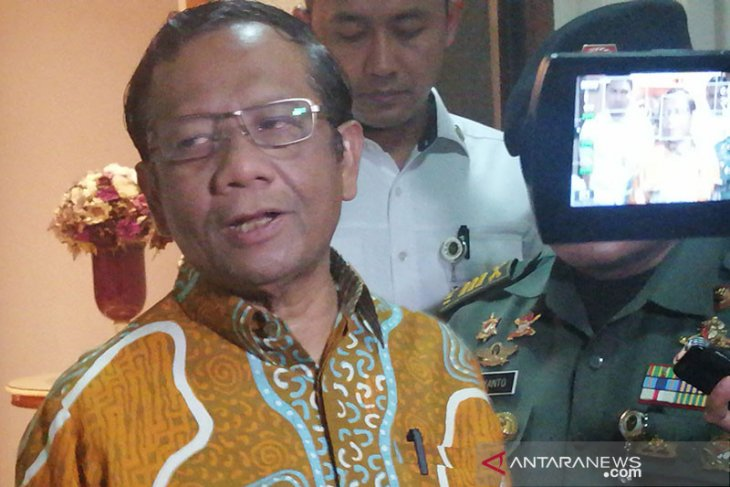 Let police and court uncover Novel Baswedan case: Mahfud MD