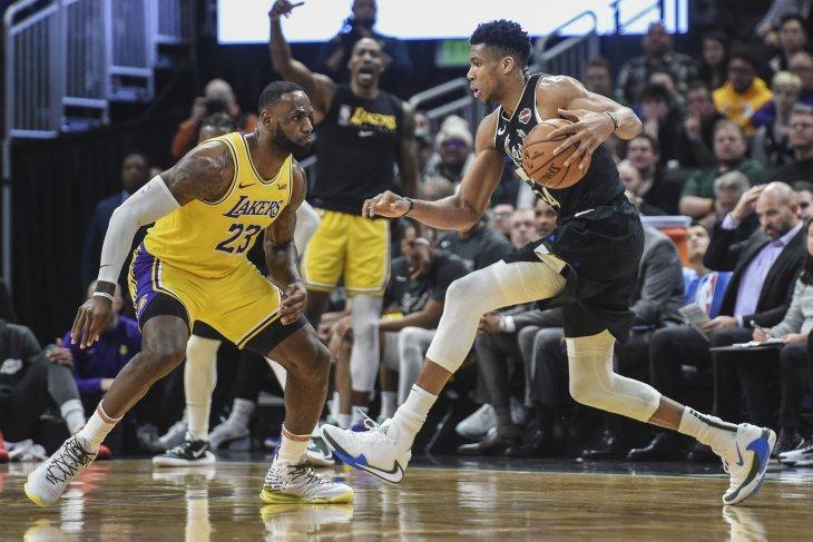 Bucks buktikan terbaik setelah gebuk Lakers 111-104