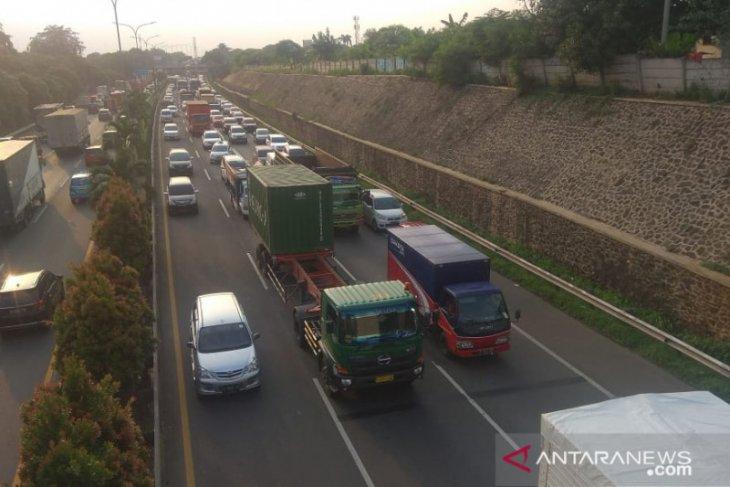 Tol Trans Jawa mulai berlakukan 'one way' hari ini