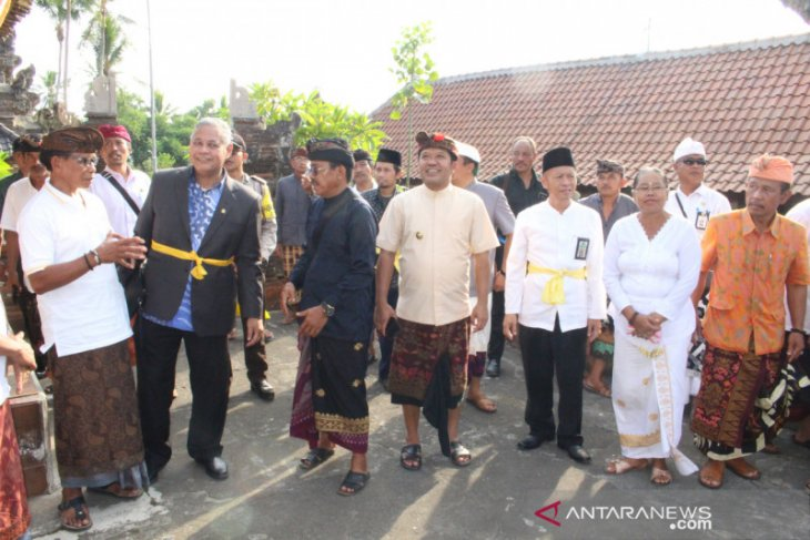 Komisi VIII DPR RI kunjungi Pura Dalem Langgar Desa Bunutin