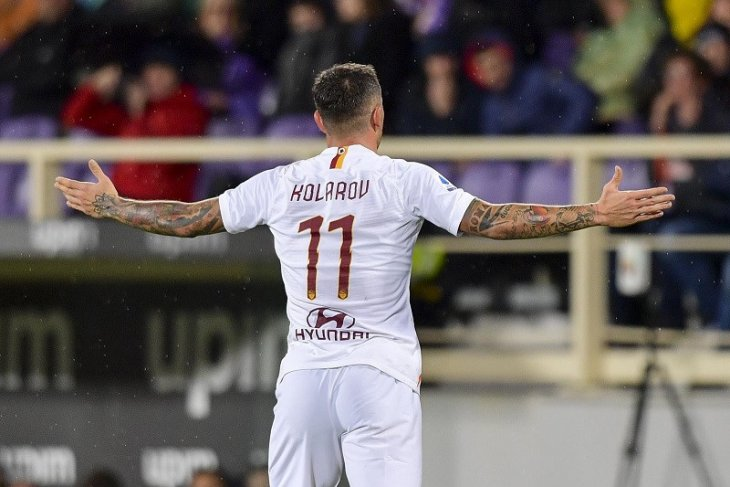 Bek kiri Aleksander Kolarov resmi berseragam Inter Milan