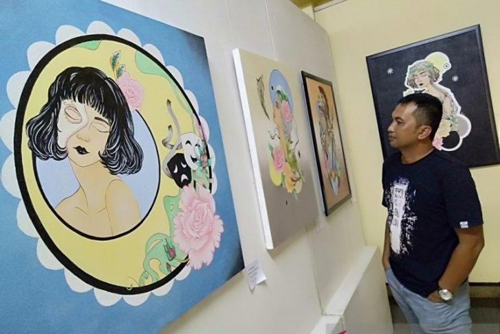 Di Taman Budaya Kalsel, lukisan gadis-gadis cantik hiasi pameran