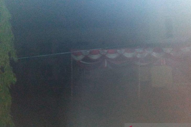 Menunggak puluhan juta, PLN putus aliran listrik di kantor bupati