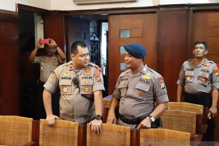 Kepolisian lakukan sterilisasi gereja di Jakarta Pusat