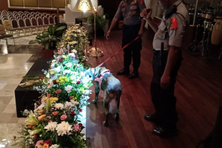 Kilas Balik 2019 - Polda Bali lakukan sterilisasi setiap Gereja