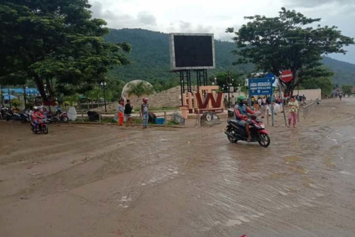 Heavy downpour ravages tens of houses in West Papua's Wasior