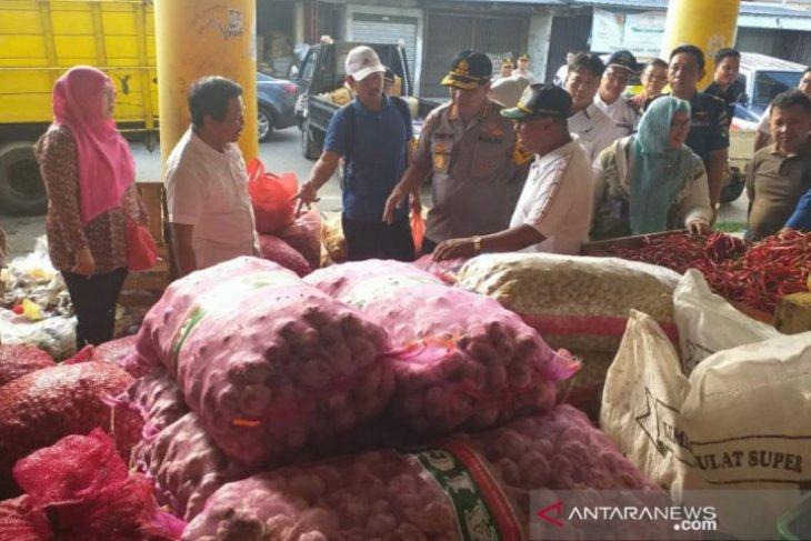 Persediaan bahan pokok di Kabupaten Belitung cukup jelang Lebaran Idul Fitri