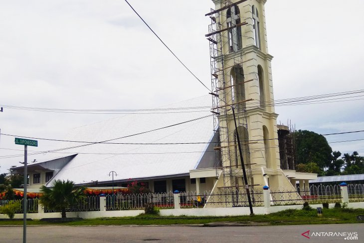 Papuan Christians prepare to attend Christmas Eve services