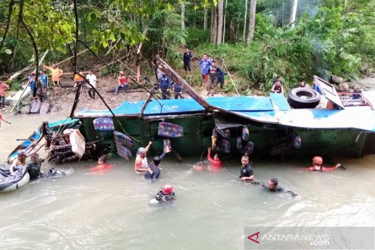 KNKT sebut sopir bus Sriwijaya Bengkulu-Palembang tidak injak rem