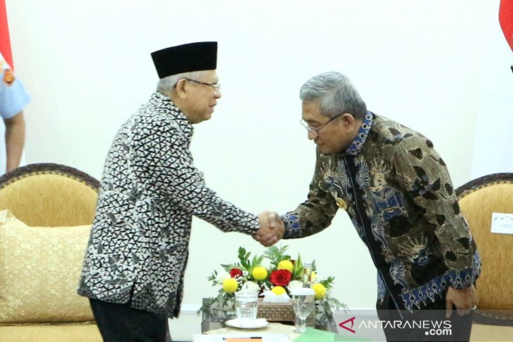 VP Amin receives visit from W Sulawesi govt, discusses infrastructure
