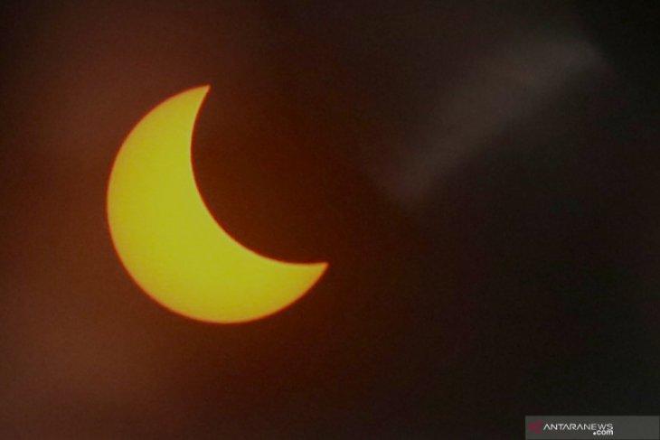 Gerhana matahari di Banyuwangi