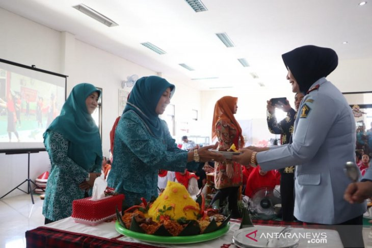 Nor Baiti Janjikan Bangun Kerja Sama Latih Keterampilan Warga Binaan