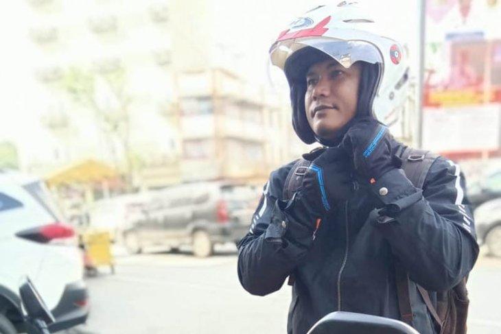 Cara merwat helm agar tidak berjamur saat musim penghujan