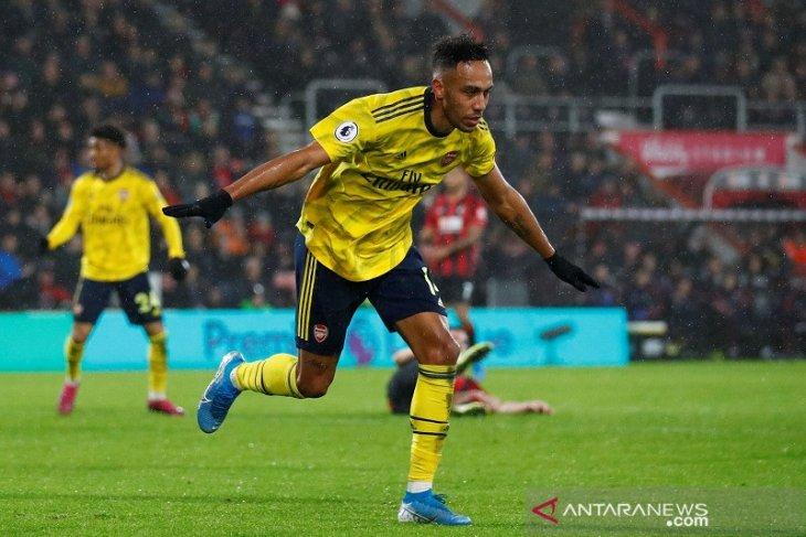 Boxing Day, Aubameyang selamatkan Arsenal dari kekalahan