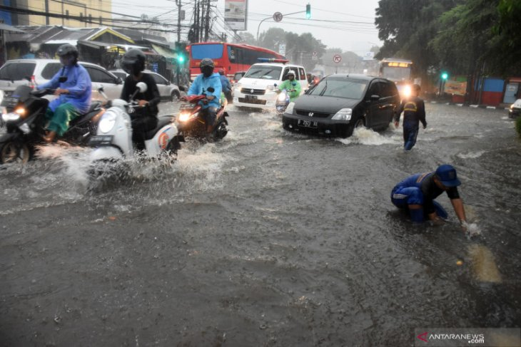 South Jakarta's several areas hit by flooding