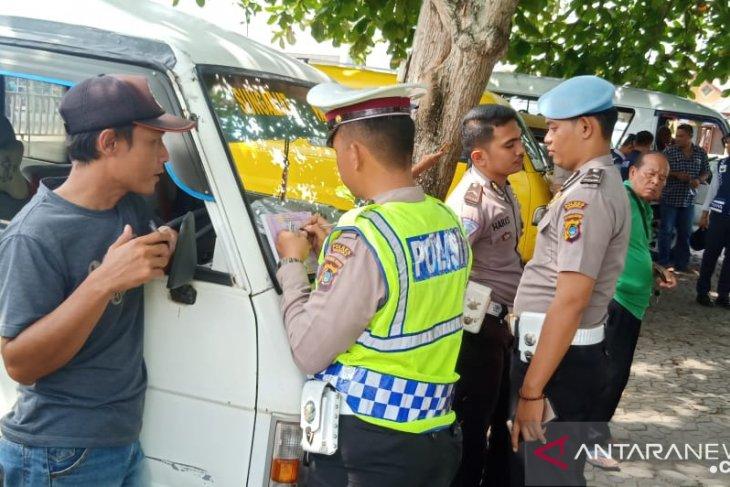 Satlantas Polres Bangka cek kelayakan kendaraan angkutan umum