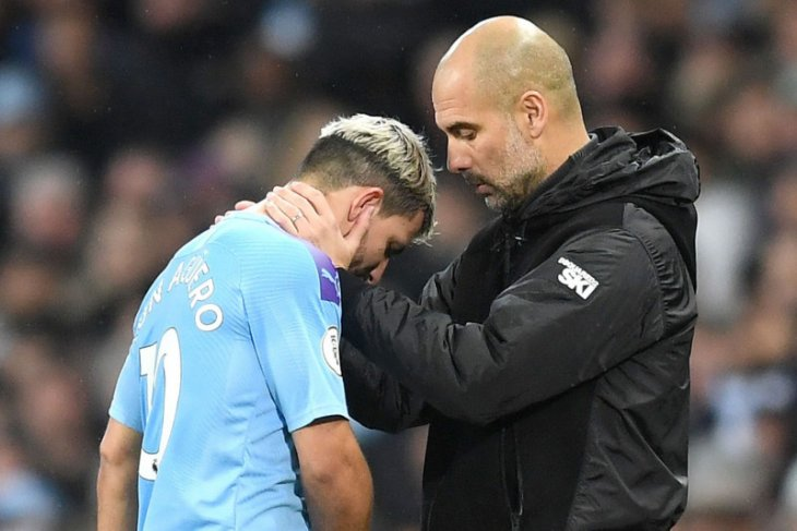 Manchester City tidak akan tergesa-gesa mainkan Sergio Aguero