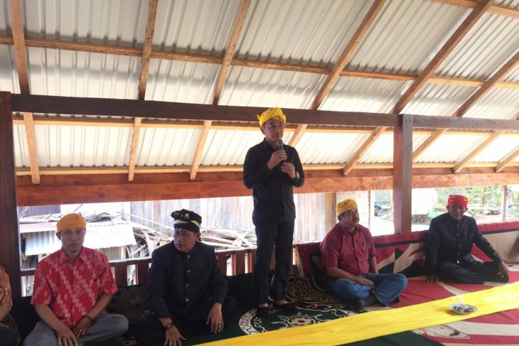 Bupati Sigi : Adat harus menjadi pemersatu masyarakat untuk perdamaian