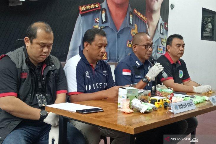 Jakarta police unveil drug distribution hidden in toy packages