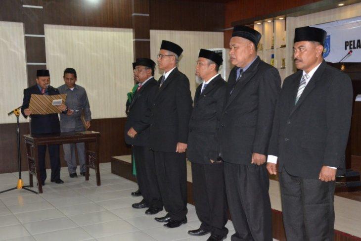 Wali kota Langsa rotasi lima pejabat eselon II di awal tahun 2020