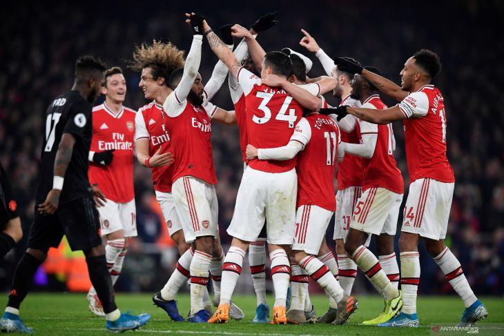 Menang perdana di bawah Arteta, Arsenal bungkam MU 2-0