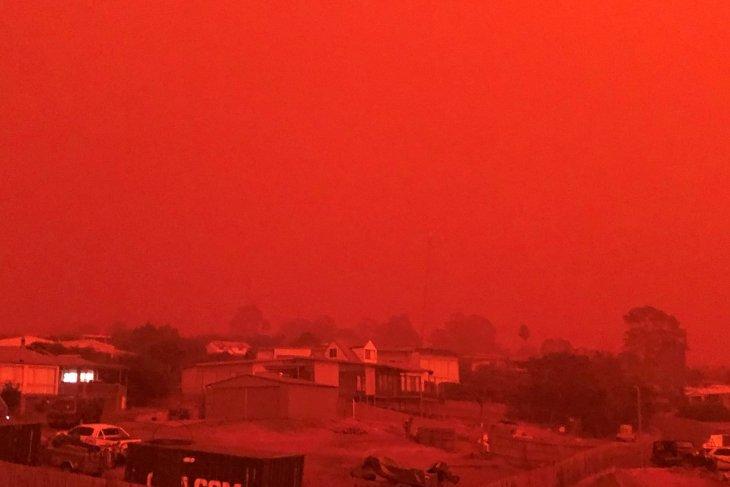 Australia serukan kembali evakuasi massal akibat kebakaran besar