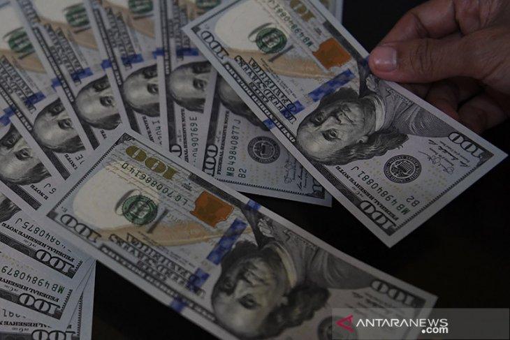 Dolar menguat untuk hari kedua, khawatir atas prospek resesi global