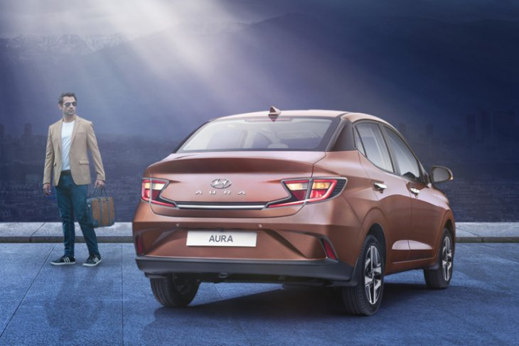 Hyundai  Motor buka pemesanan sedan Aura, pesaing Honda Amaze