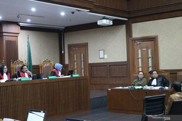 Mantan anak buah akui setor uang ke Ratu Atut dan Rano Karno