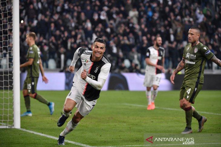 Ronaldo ukir trigol, Juve sementara puncaki klasemen