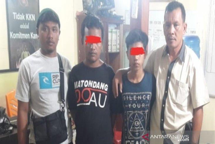 Dua orang pelaku judi jenis KIM diamankan Polsek Panyabungan