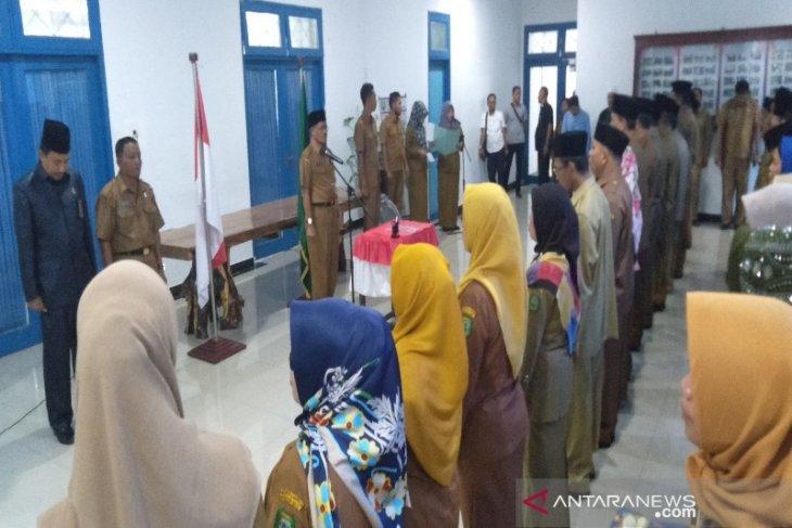 107 pejabat eselon dilingkungan Pemkab Madina dilantik