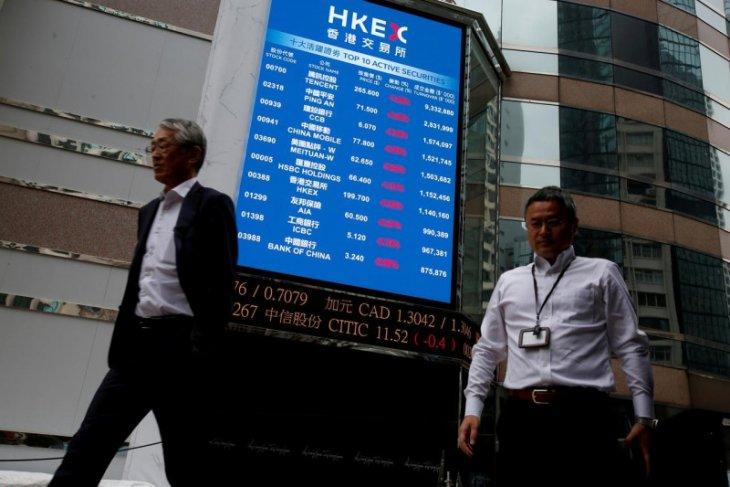 Khawatir pengetatan, Saham Hong Kong turun tertinggi 32 bulan