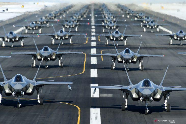 Kapal perang - pesawat tempur dari 54 negara akan mendarat di Belitung