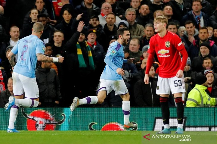 Man City bungkam MU 3-1 di Old Trafford