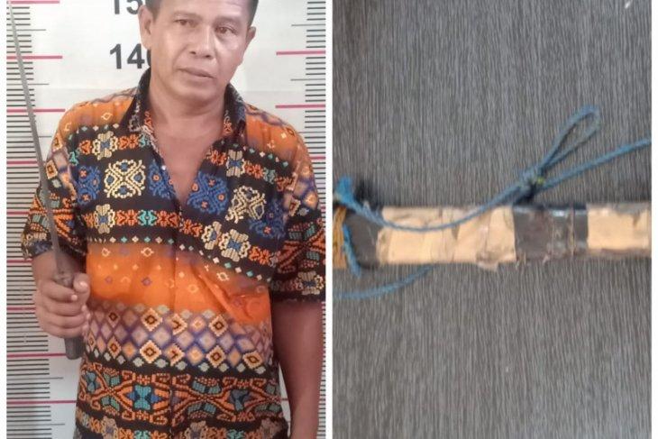 Polisi Langkat tangkap pelaku ancam temannya pakai parang karena merasa