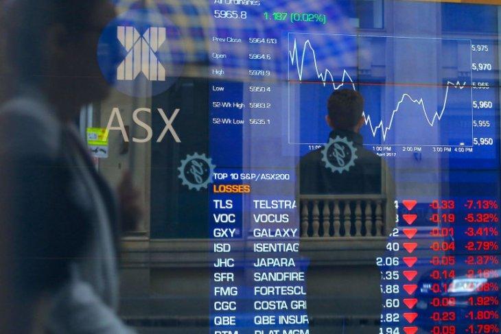 Saham Aussie jatuh tertinggi 14 bulan dengan terseret bank dan teknologi