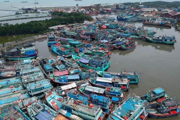 Fasilitas perizinan untuk nelayan pantura