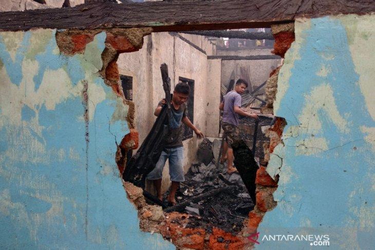 Pemkot Padangsidimpuan taksir kerugian akibat kebakaran sekitar Rp1 miliar