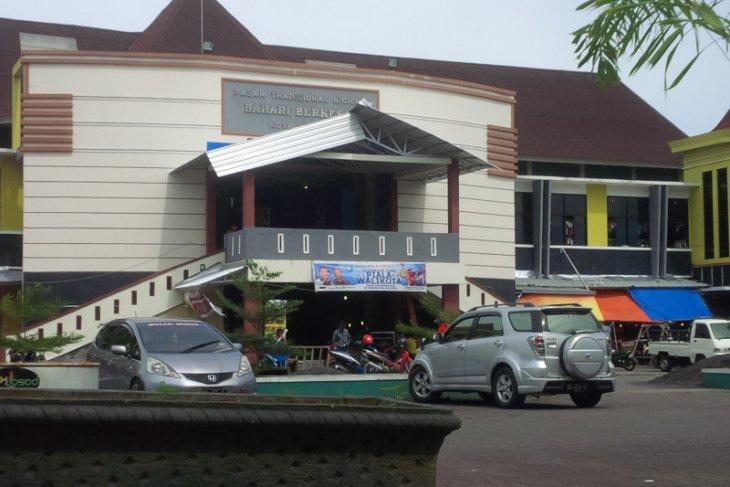 DPRD Kota Ternate minta pengelolaan retribusi pasar dikembalikan ke BP2RD