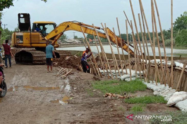 Warga pesisir utara Bekasi minta pemerintah perbaiki tanggul Citarum