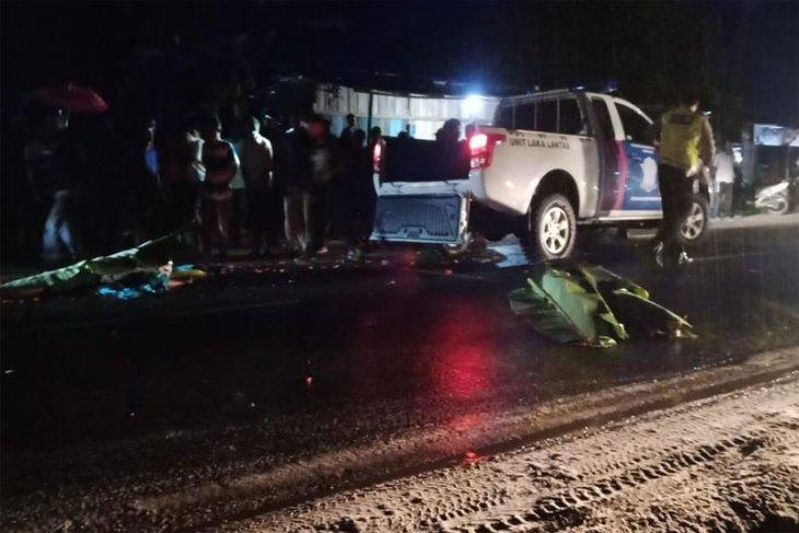 Pasutri pedagang sayur meninggal tertabrak mobil