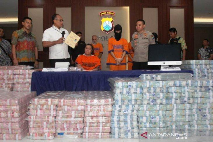 Polda Jatim nyatakan tiga figur publik konfirmasi pemeriksaan investasi bodong