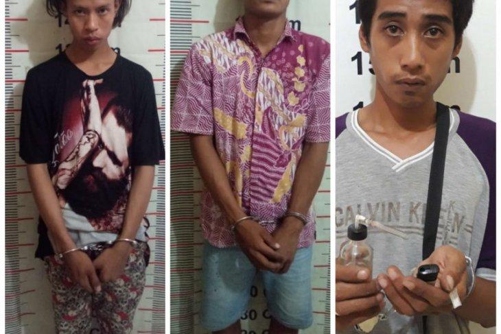 Polisi Langkat tangkap tiga pemilik sabu-sabu dari dua tempat terpisah