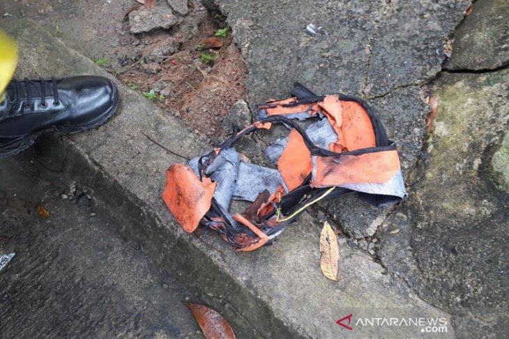 Bom dalam tas meledak lukai pemilik rumah di Seluma