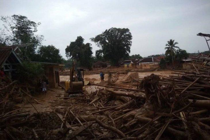 Lebak's 18 Islamic boarding school buildings damaged by flooding