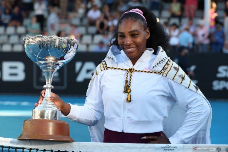 Memenangi final WTA Auckland Classic, Serena Williams akhiri puasa gelar selama tiga tahun