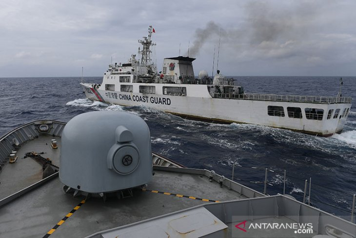 Chinese coast guard and fishing vessels still trespass Indonesian EEZ