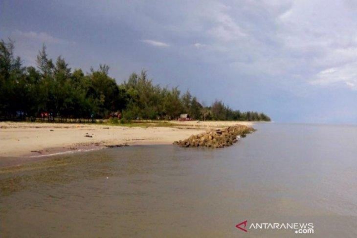 Meluasnya abrasi pantai, Pemkab Sukamara berupaya lakukan pencegahan